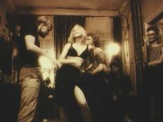 Голая грудь Татьяны Ташковой в фильме «Помилуй и прости» фото #7