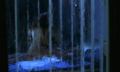 Голая задница Екатерины Гусевой в фильме «С днем рождения, Лола!» фото #1