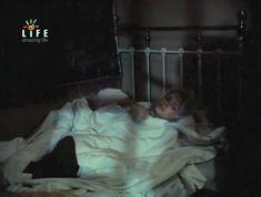 Голая грудь Ольги Машной в фильме «Светик» фото #1