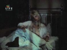 Голая грудь Ольги Машной в фильме «Светик» фото #2