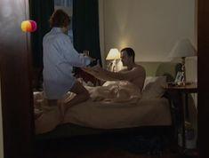 Соблазнительная Дарья Повереннова засветила трусики в сериале «Слабости сильной женщины» фото #3