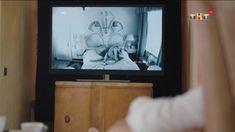 Голые сиськи Анастасии Меськовой в сериале «Сладкая жизнь» фото #2