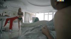 Голые сиськи Анастасии Меськовой в сериале «Сладкая жизнь» фото #52