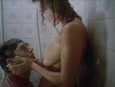 Красивая Светлана Коваленко снялась голой в фильме «Странные мужчины Семёновой Екатерины» фото #6