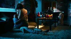 Мария Пирогова показала голую грудь в сериале «Тёмный мир: Равновесие» фото #7