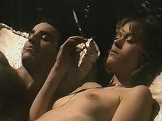 Елена Скороходова снялась обнажённой в фильме «Убить Голландца» фото #19