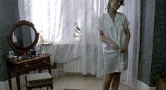 Наталья Круглова оголила попу в фильме «Час пик» фото #7