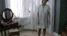 Наталья Круглова оголила попу в фильме «Час пик» фото #9