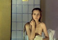 Голая грудь Татьяны Друбич в фильме «Чёрный монах» фото #7