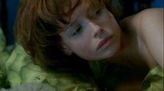 Полностью голая Любовь Толкалина в фильме «Я люблю тебя» фото #1
