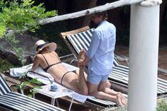 Сладкая попка Марии Шараповой в бикини на отдыхе в Италии фото #8