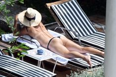 Сладкая попка Марии Шараповой в бикини на отдыхе в Италии фото #20
