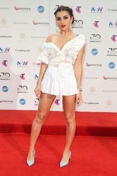 Красотка Charli XCX засветила трусики на The 30th Annual ARIA Awards фото #8