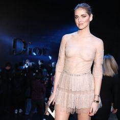 Голая грудь Кьяры Ферраньи сквозь прозрачный наряд на Paris Fashion Week фото #9