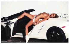 Красотка Констанс Яблонски оголила грудь и попу в журнале Lui фото #7