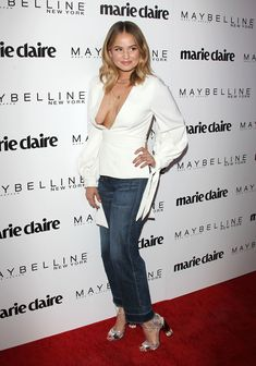 Красотка Дебби Райан засветила сиськи на  Fresh Faces Event в Лос-Анджелесе фото #6