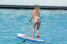 Сексуальная Даутцен Крёз в бикини отдыхает на Ибице фото #11