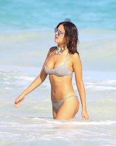 Сексуальна Эйса Гонсалес в бикини на пляже в Мексике фото #5