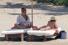 Шикарное бикини Эмили Ратаковски на пляже в Мексике фото #21
