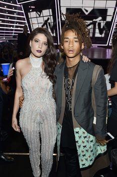 Обнажённая Холзи в прозрачном наряде на MTV Video Music Awards фото #10