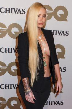 Заманчивая Игги Азалия без лифчика на The GQ Men of The Year Awards фото #1