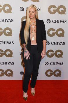 Заманчивая Игги Азалия без лифчика на The GQ Men of The Year Awards фото #2