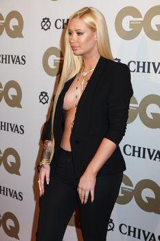 Заманчивая Игги Азалия без лифчика на The GQ Men of The Year Awards фото #6