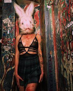 Голые сиськи Айрленд Болдуин в эротическом белье фото #2