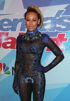 Обнажённая Мелани Браун в прозрачном наряде на шоу America's Got Talent фото #2
