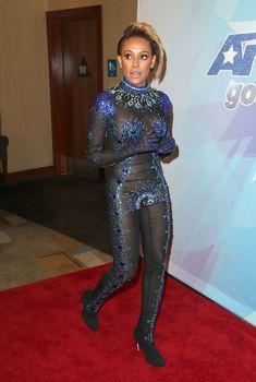 Обнажённая Мелани Браун в прозрачном наряде на шоу America's Got Talent фото #10