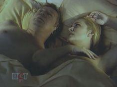 Голая попа Алены Яковлевой в сериале «Черная комната» фото #3