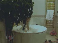 Голая попа Алены Яковлевой в сериале «Черная комната» фото #8