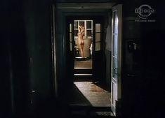 Алла Клюка оголила грудь и попу в фильме «Прикованный» фото #5
