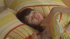 Алла Фомичева засветила грудь в сериале «Из жизни капитана Черняева» фото #1
