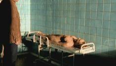 Полностью голая Анна Бегунова в сериале «Женщины в игре без правил» фото #2