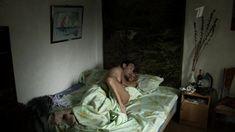Голая попа Анны Лутцевой в сериале «Степные дети» фото #5