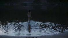 Анна Махлина показала голую попу в фильме «Дефиле» фото #4