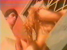 Анна Махова снялась голой в фильме «Секс-вампир в России» фото #20