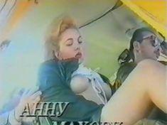 Анна Махова снялась голой в фильме «Секс-вампир в России» фото #26