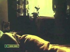Астрида Кайриша засветила грудь в фильме «Вечерний вариант» фото #1