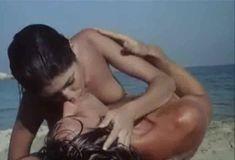 Полностью голая Бетти Верже в фильме «Греческая смоковница» фото #13