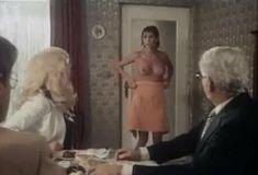 Полностью голая Бетти Верже в фильме «Греческая смоковница» фото #66