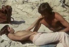Полностью голая Бетти Верже в фильме «Греческая смоковница» фото #74