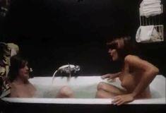 Полностью голая Бетти Верже в фильме «Греческая смоковница» фото #84