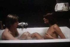 Полностью голая Бетти Верже в фильме «Греческая смоковница» фото #85