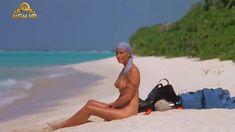 Полностью голая Бо Дерек в фильме «Призраки этого не делают» фото #10