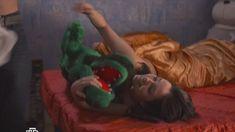 Валерия Сухачева засветила грудь в сериале «Предатель» фото #14
