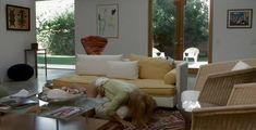 Голая попа Голди Хоун в фильме «Город и деревня» фото #7