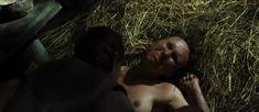 Полностью голая Дарья Екамасова в фильме «Жила-была одна баба» фото #25