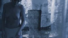 Дарья Мороз показала голую грудь в фильме «Нанкинский пейзаж» фото #11